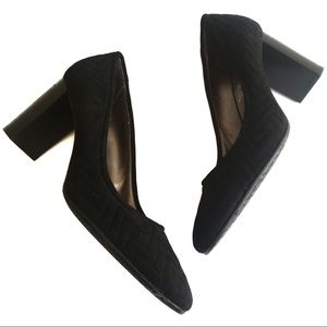 AQUATALIA Black Suede Block Heel Pump Zig Zag 11